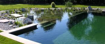 Impianto idraulico esterno, pensa subito alla piscina dei tuoi sogni, all'irrigazione e anche ai rubinetti che vuoi disseminare...