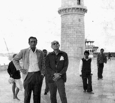 சத்யஜித்ராயுடன் அகிரா குரோசாவா