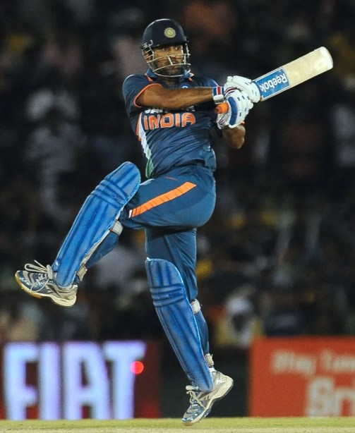 MS-Dhoni-Playing-His-Short