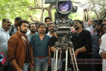 surya-lingusamy-Red_dragon_santosh_Sivan