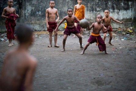 buddhist_monsatery_Burma_Buddhism_monks_myanmar-soccer