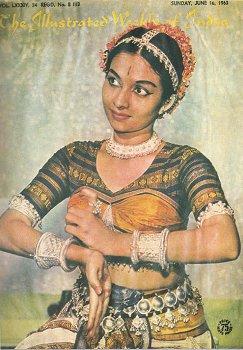 Yaamini_Krishnamurthy_Dancers_Narthaki_Artists_India_Females_Performers_Stage