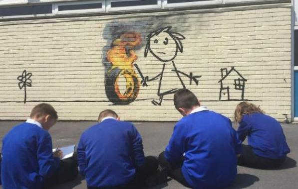 banksy-paints-mural-at-primary-school-over-holidays-136406648289103901-160606184005