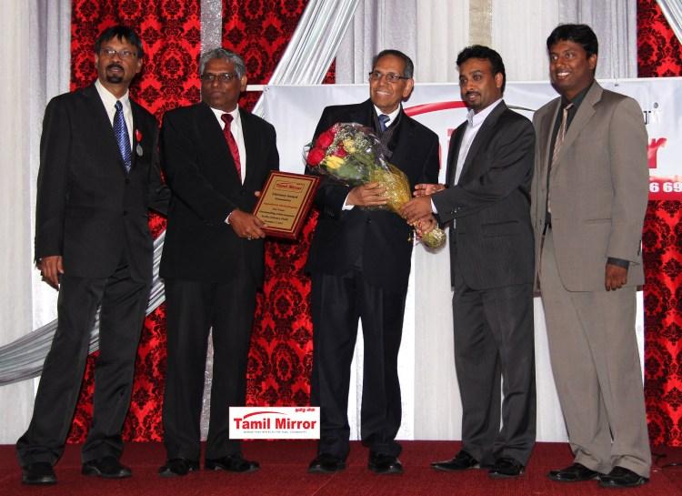 A_Muttulingam_Amuttu_Muthulingam_muttu award tamil mirror