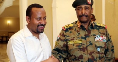Ethiopian Prime Minister Abiy Ahmed meets the head of Sudan's Transitional Military Council, Lieutenant General Abdel Fattah Al-Burhan
