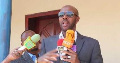 Telesom's Social Development Director, Abdiwahab Mohamed Maah