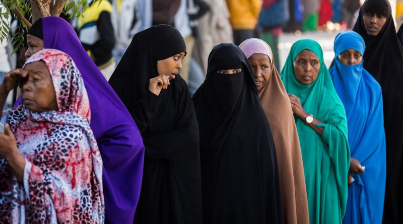 Women queuing to vote in Somaliland's 2017
