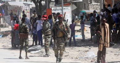 SOMALIA: Rival Groups Clash in Mogadishu Over President's Mandate
