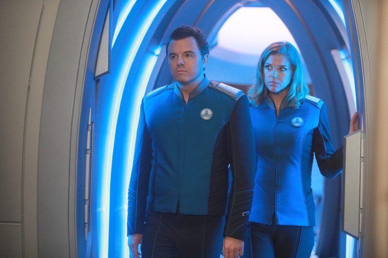 The Orville 102 - Command Performance - Ed (Seth Macfarlane) and Kelly (Adrianne Palicki)