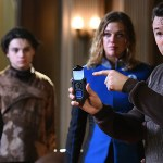 The Orville 104 - Mercer (Seth MacFarlane) and Kelly (Adrianne Palicki)