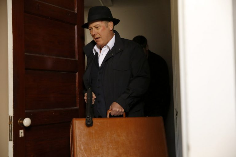Blacklist - Who is in the suitcase?