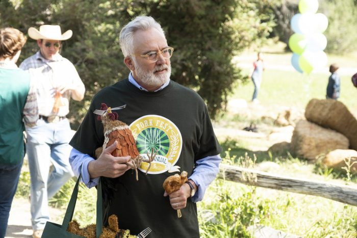"""PERFECT HARMONY -- """"Fork Fest"""" Episode 103 -- Pictured: Bradley Whitford as Arthur Cochran -- (Photo by: Justin Lubin/NBC)"""