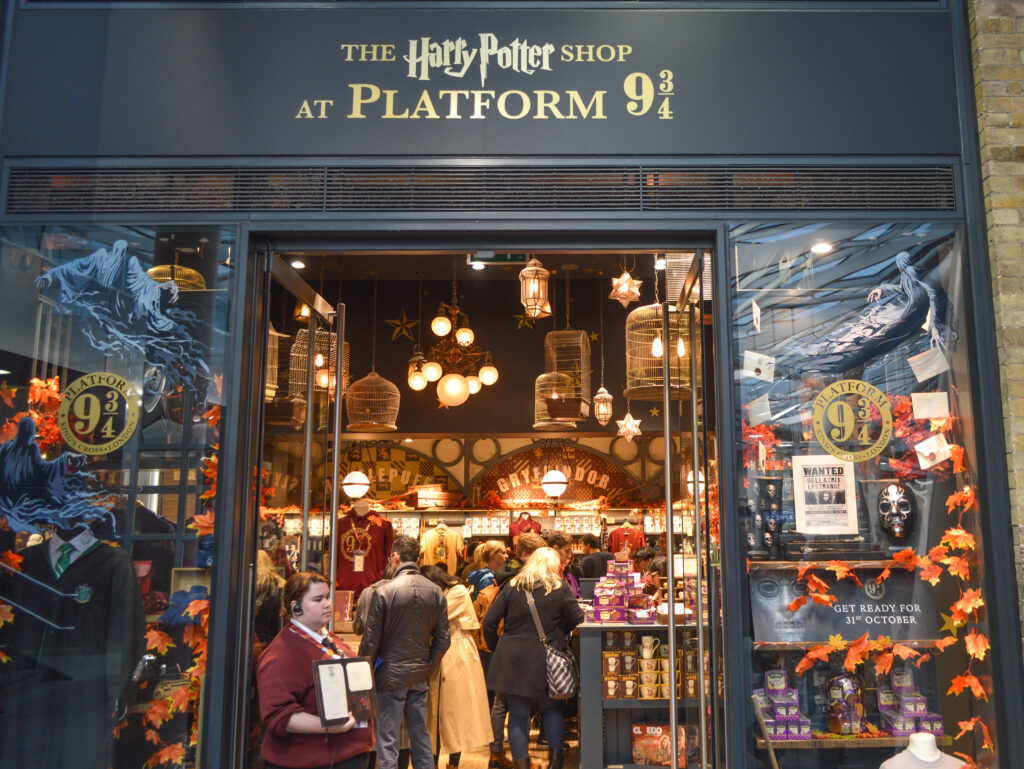 Harry Potter Shop at King's Cross Station's Platform 9 ¾, London @Rafiq Somani