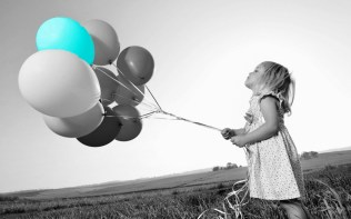 bigpreview_Little-Girl-with-Balloons p5