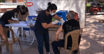 Cengiz Topel Meydanı'nda aşı yapılıyor