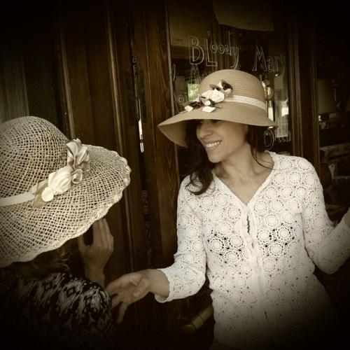 Las sin sombreros