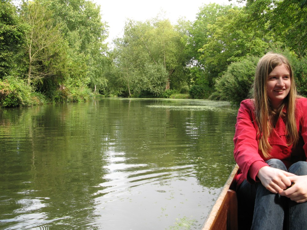Punting in Oxford, and banjos (3/6)