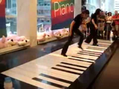 Bach Toccata & Fugue in D Minor on the Big Piano