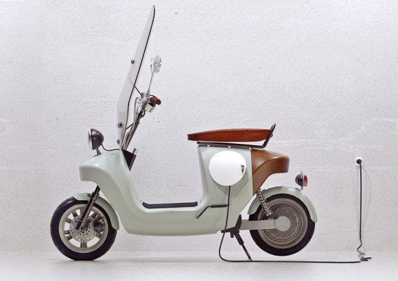 Be.e-frameless-biocomposite-electric-scooter-design-by-waarmakers-1
