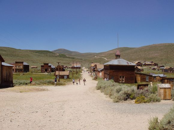 1280px-Bodie6Aug2006