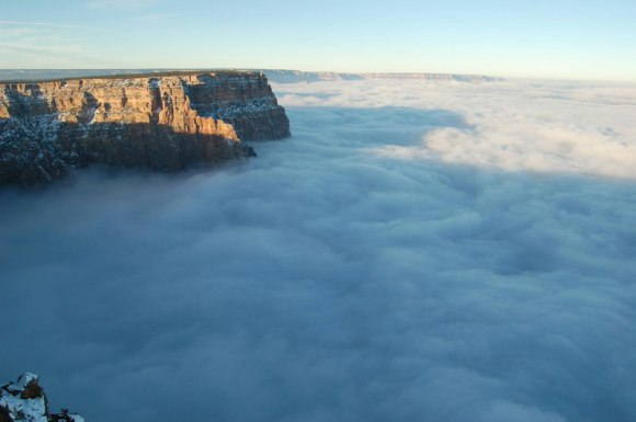 grand-canyon-filled-with-fog-november-thanksgiving-2013-2