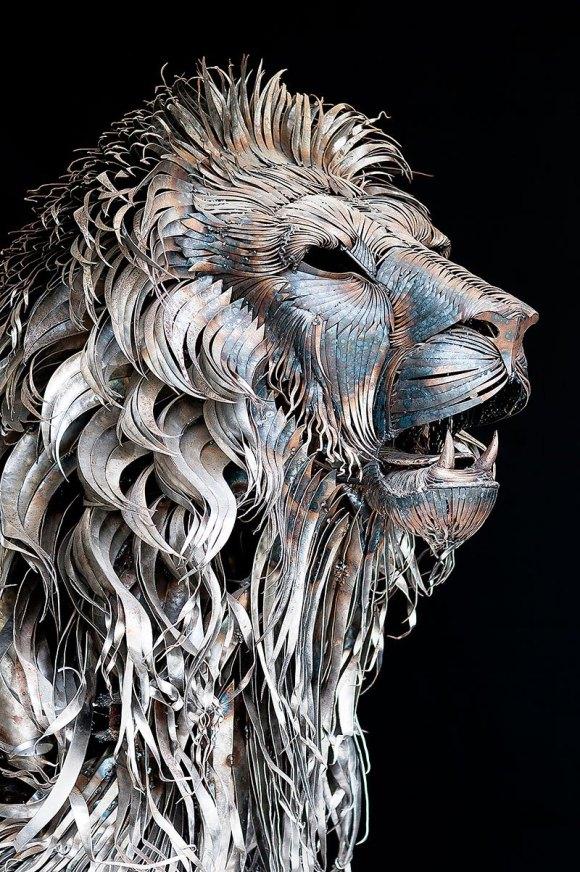 Leão de Metal - Escultura (2)