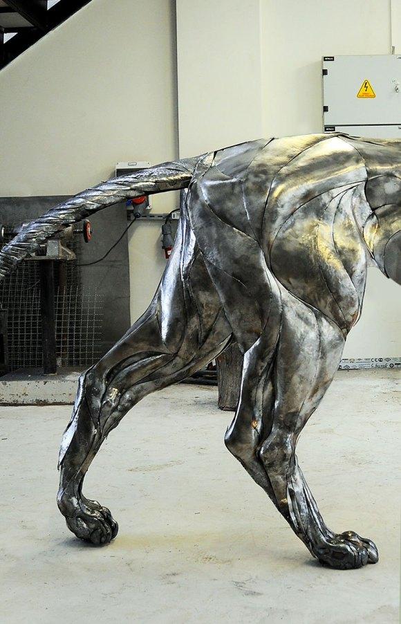 Leão de Metal - Escultura (9)
