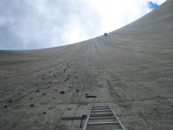 Represa Luzzone - Parede de escalada - Suíça (3)