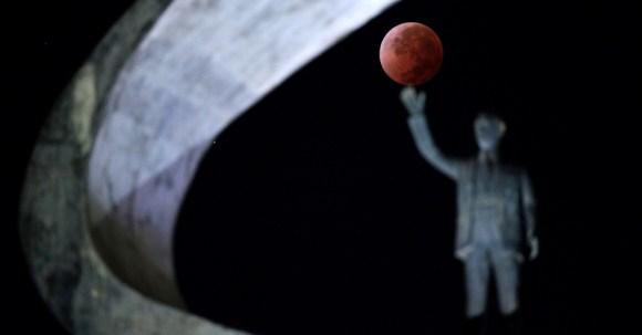 Lua vermelha - Lua de sangue - eclipse da lua - Brasília