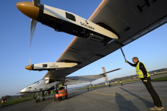 Switzerland_Solar_Impulse_2-0d745[1]