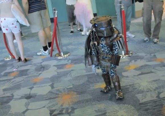 toddler-predator-cosplay[1]
