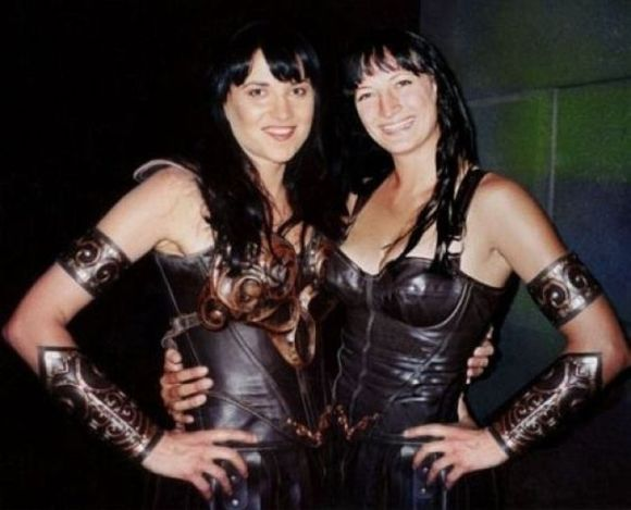 lucy-lawless-zoe-bell[1]