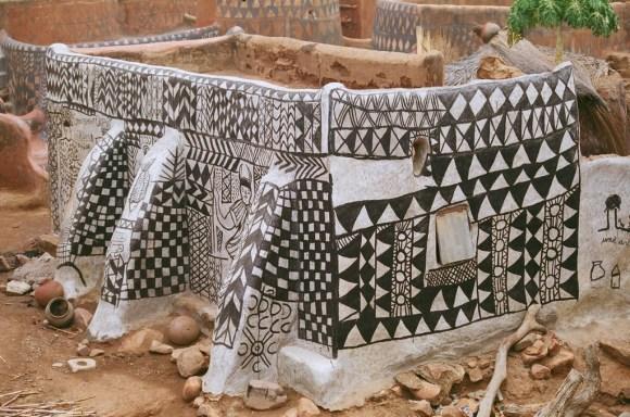 Casas pintadas - aldeia Tiebele (8)