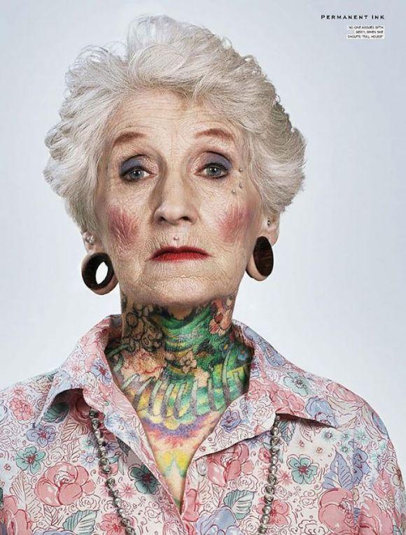 Pessoas mais velhas com tatuagem 6