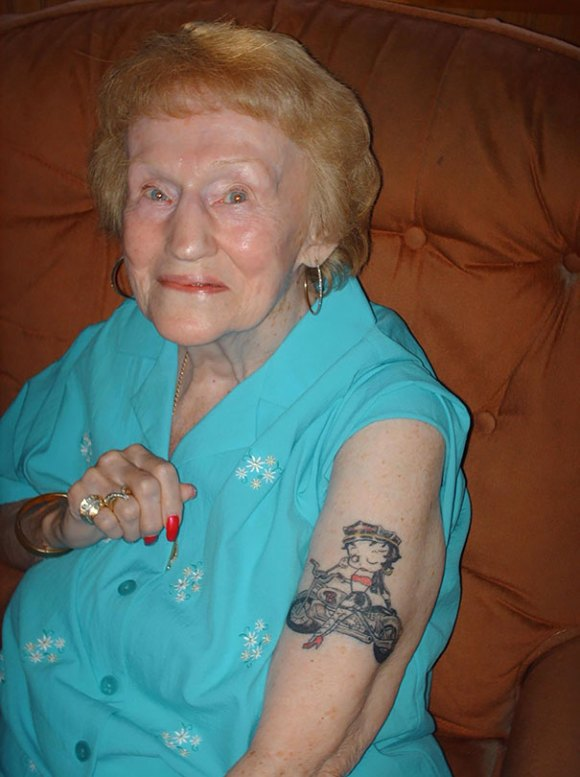 tattooed-elderly-people-1__605[1]