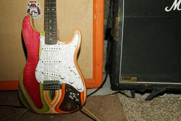 guitarras feitas de Skate 10