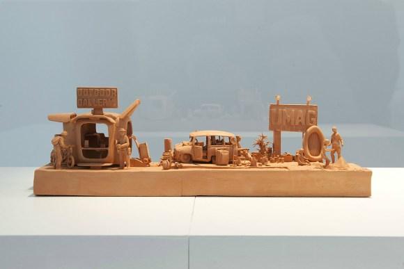 Esculturas futurísticas em cerâmica 8 - Ph. De Gobert