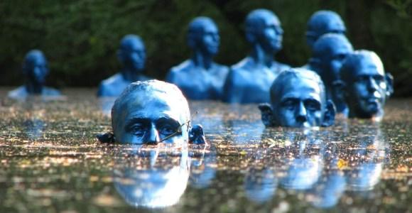 Artista cria esculturas submersas para questionar a elevação do nível das águas