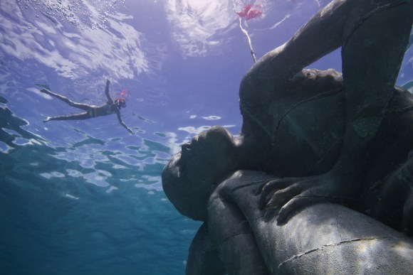 Maior escultura submersa do mundo 4