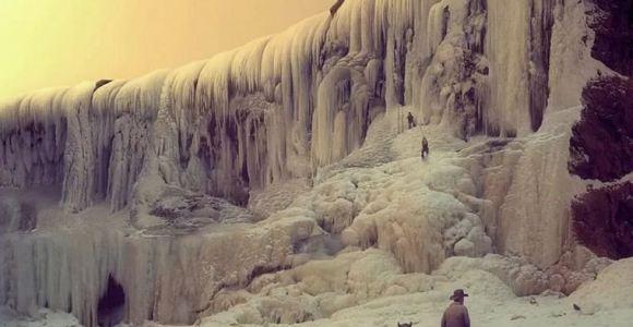Artista imagina um mundo após drásticas mudanças climáticas