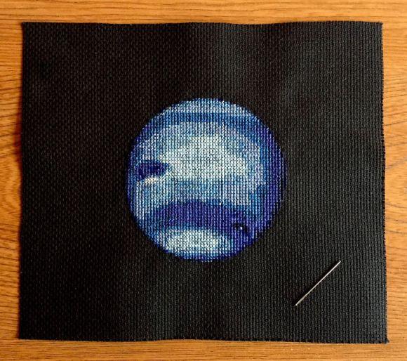 Bordado de planetas - Netuno