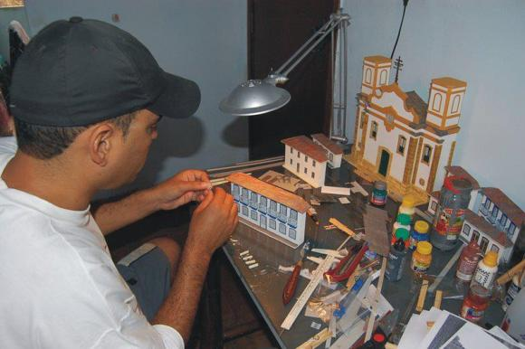 Miniaturas de cenários mineiros - maquetes de Minas Gerais 17