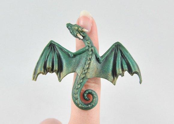 Colar e pulseira de dragão 8