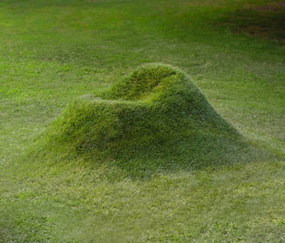 outdoor-grass-seating[1]