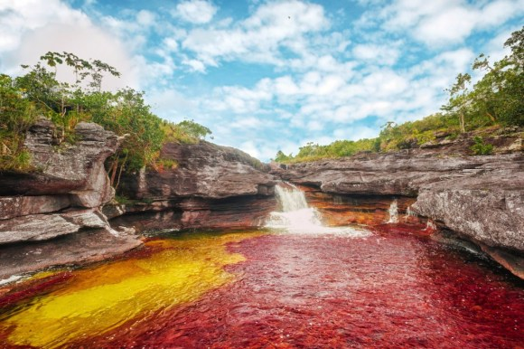 Los Ochos - Rio vermelho e amarelo
