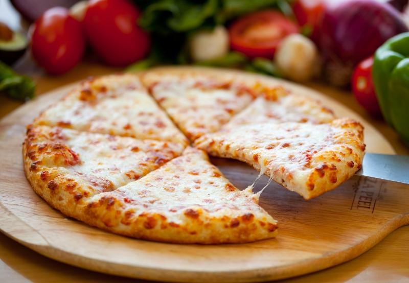 Easy Cheddar Pizza Recipe