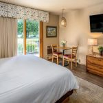 Traditional Pet Friendly Hotel Room With Two Queen Beds Somerset Inn