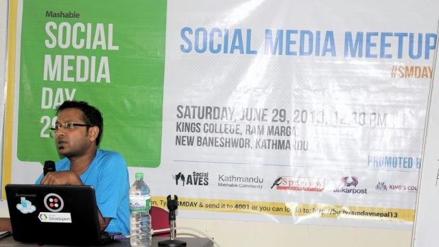 One of those sessions, talking about Social Media