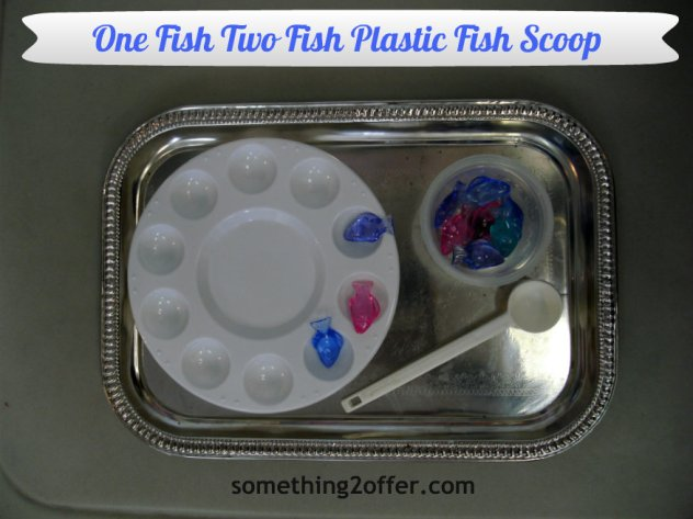 One Fish Two Fish Plastic Scoop