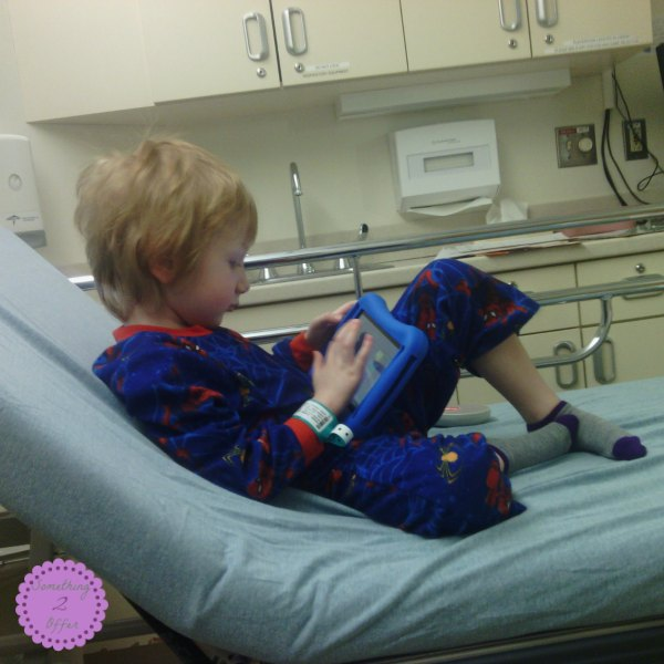 playing_tablet_before_surgery